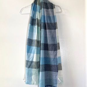 GAP Gray & Blue Plaid Blanket Scarf